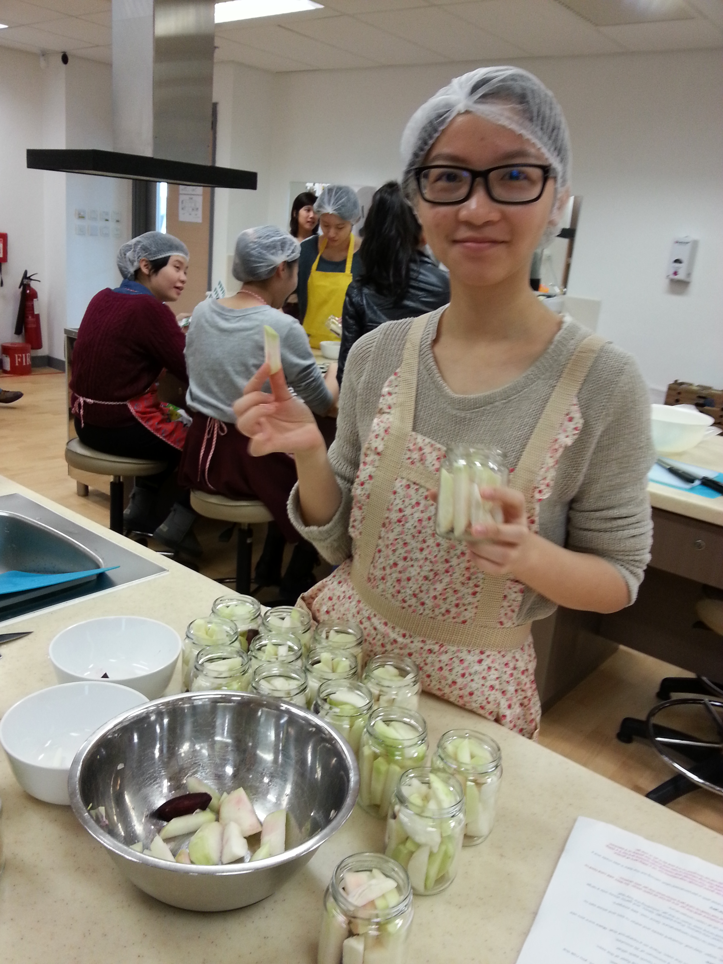Feeding Hong Kong - Make Festive Treats for the Needy - Photo - 11