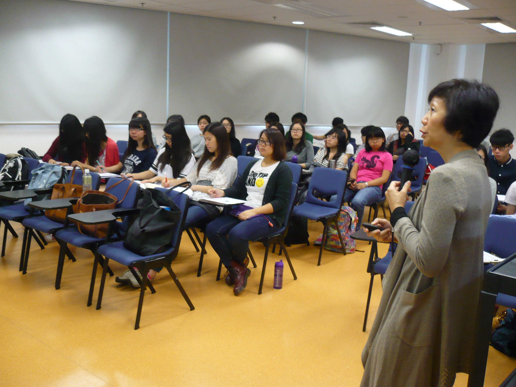 Guest Seminar for the Students of Higher Diploma in Medical and Health Products Management Programme - Photo - 7