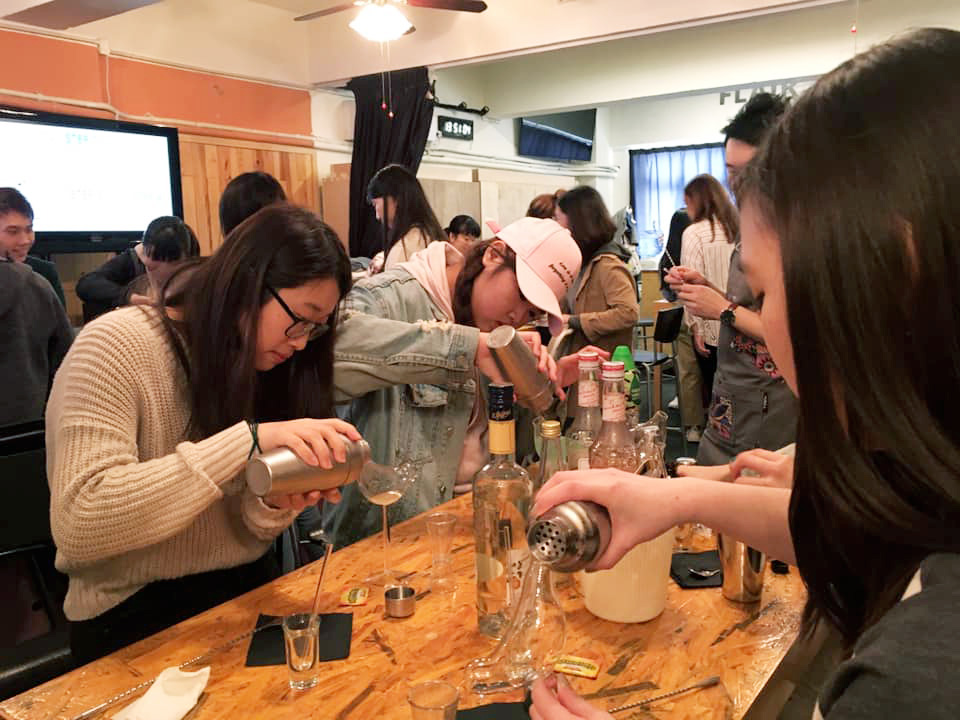Cocktail Making Workshops - Photo - 9