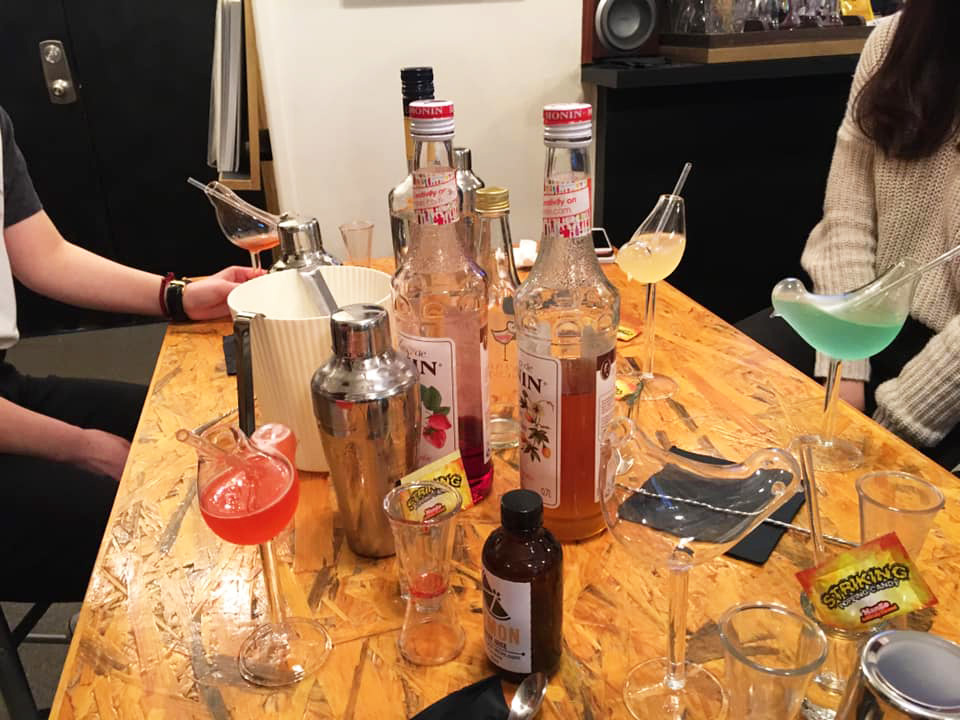 Cocktail Making Workshops - Photo - 7