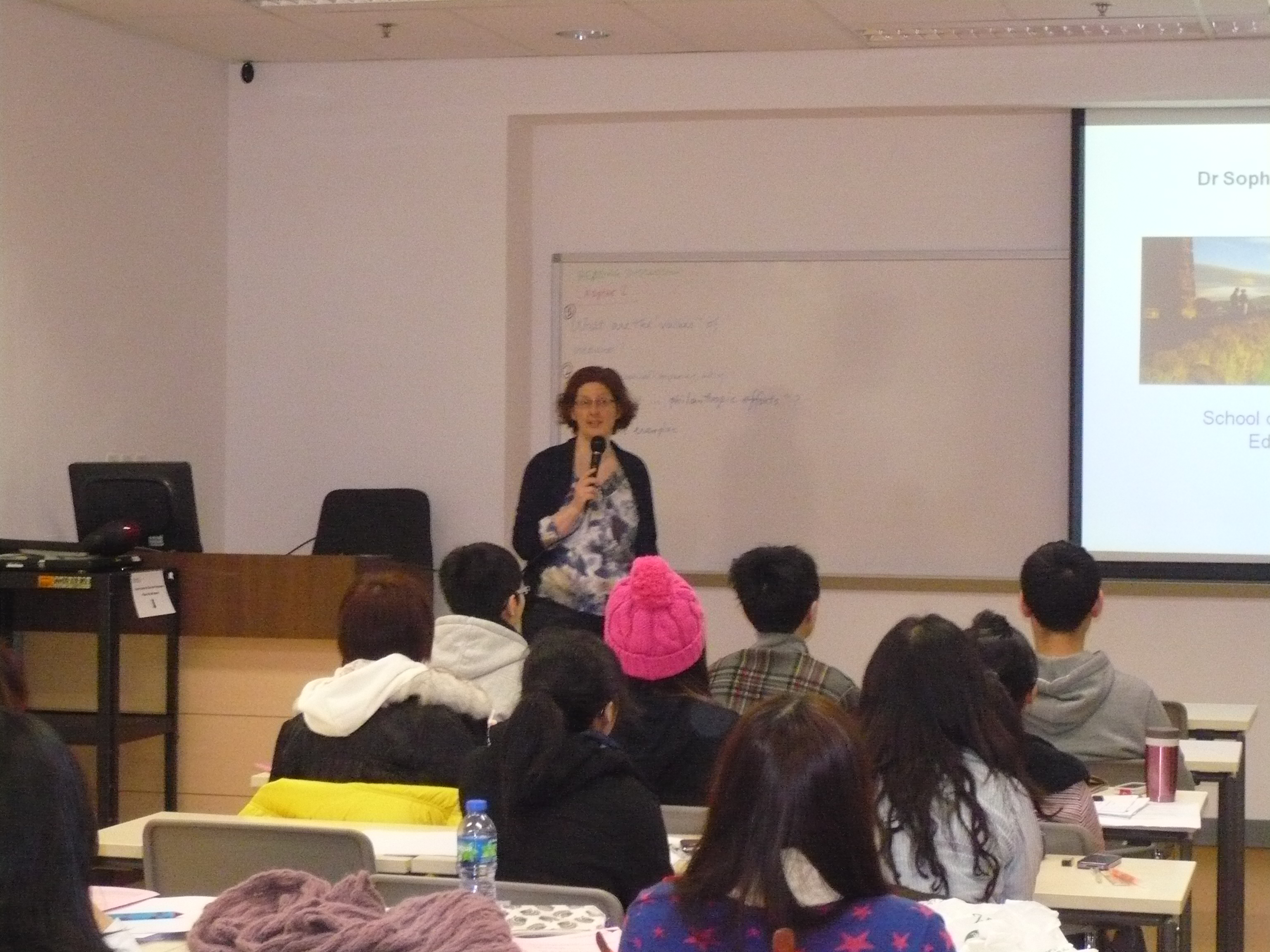 Top-up Degree Programme Talk (for Year 2 Students of the Higher Diploma in Medical and Health Products Management Programme) - Photo - 5