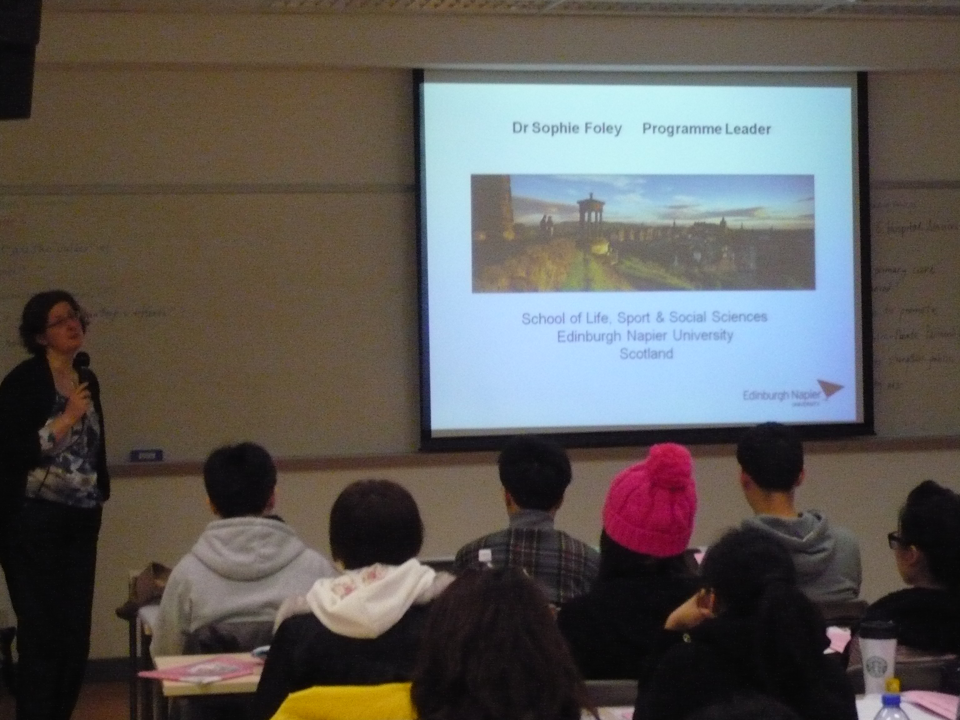 Top-up Degree Programme Talk (for Year 2 Students of the Higher Diploma in Medical and Health Products Management Programme) - Photo - 3