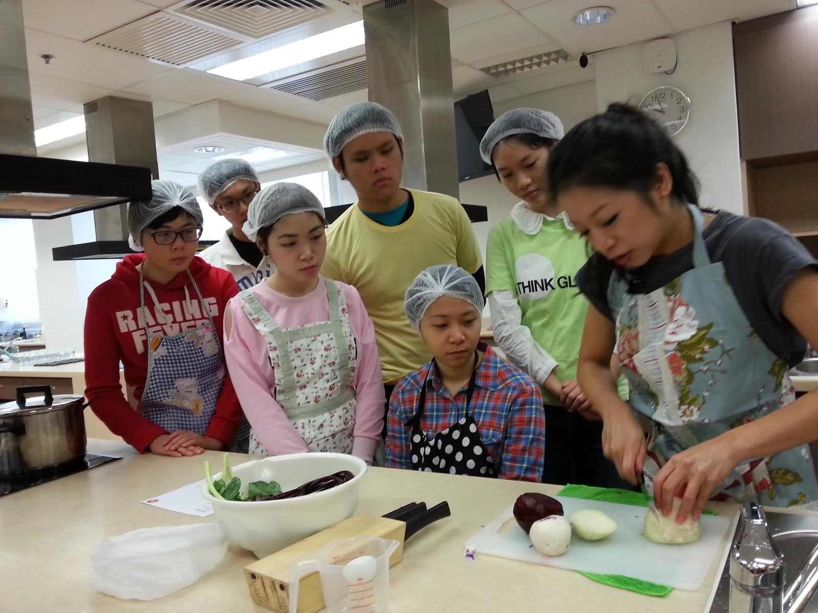 Feeding Hong Kong - Make Festive Treats for the Needy - Photo - 9