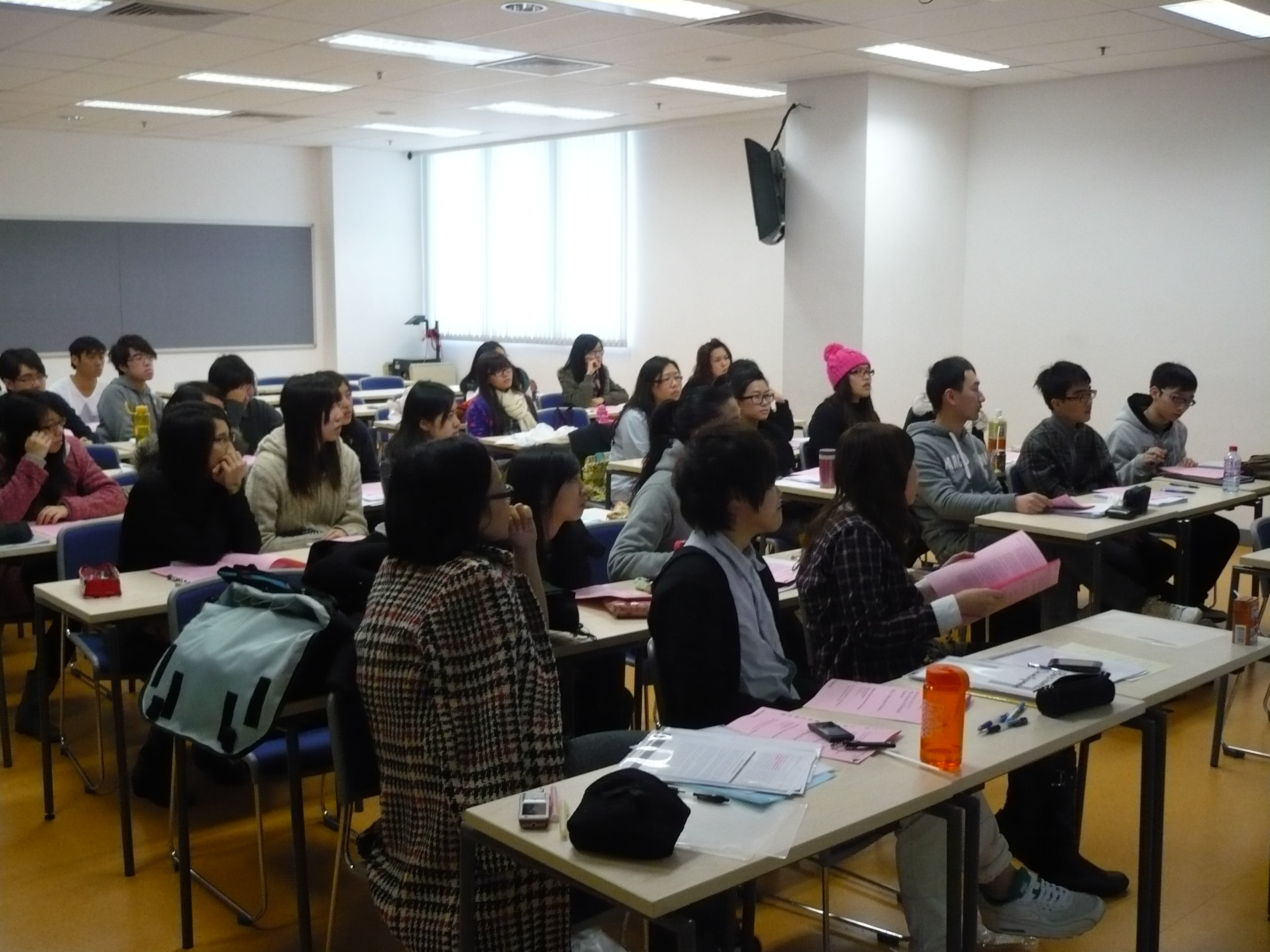 Top-up Degree Programme Talk (for Year 2 Students of the Higher Diploma in Medical and Health Products Management Programme) - Photo - 7